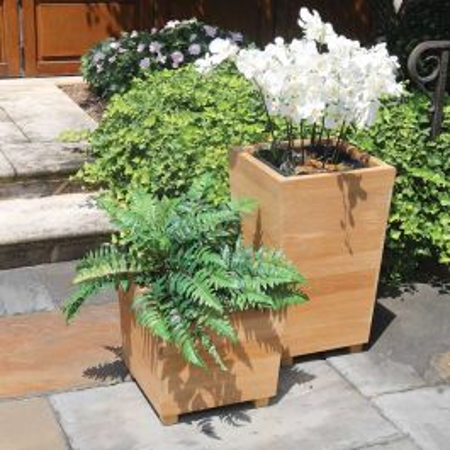 Studio petite square teak planter box w/ liner