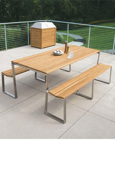 Bond picnic table