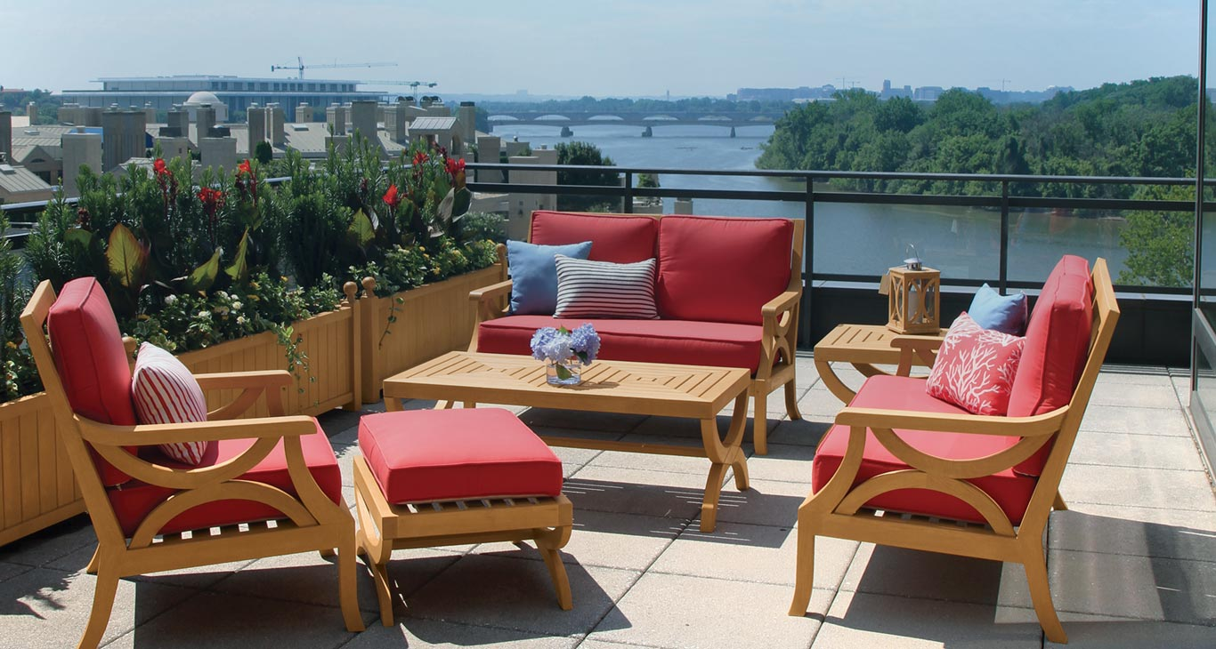 New York S Premier Source For Teak Outdoor Furniture